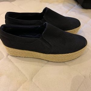 S & S Black Platform Espadrille Slip-on Sneakers